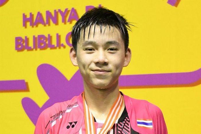 Pebulu tangkis tunggal putra asal Thailand, Kunlavut Vitidsarn.