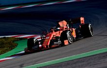Sebastian Vettel Tampil Tercepat di Hari Pertama Tes Barcelona