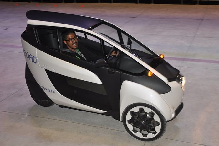 First Drive Toyota i-Road