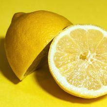 Mengoleskan Jus Lemon  ke Wajah Selama Seminggu, Wanita Ini Kaget Lihat Perubahan yang Terjadi Pada Wajahnya