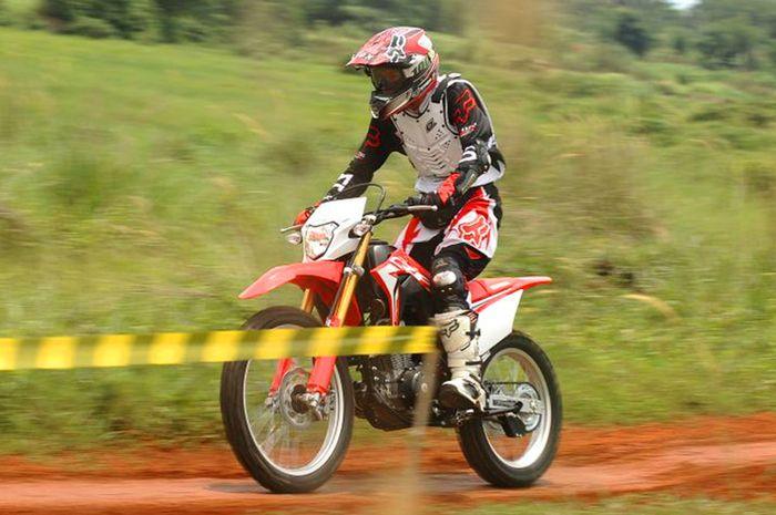 Test Ride Honda CRF150L