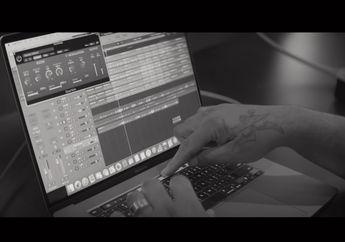 Apple Bagikan Video di Balik Layar Pembuatan Lagu dengan MacBook Pro