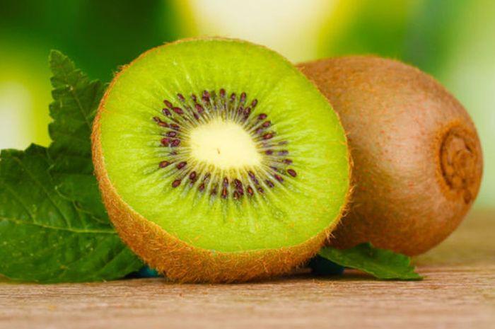 Kaya akan kandungan <a href='https://suryamalang.tribunnews.com/tag/vitamin' title='vitamin'>vitamin</a>, buah kiwi memiliki banyak manfaat