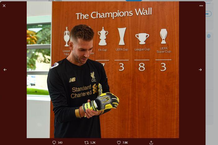 Kiper baru Liverpool, Adrian