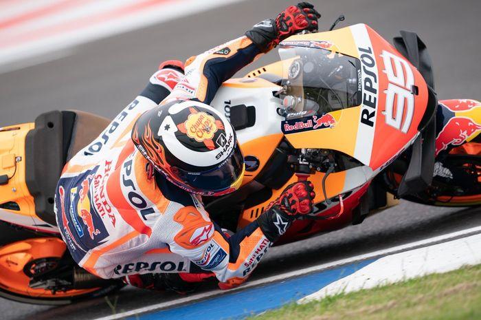 Jorge Lorenzo saat melaju di sesi kualifikasi MotoGP Argentina 2019.