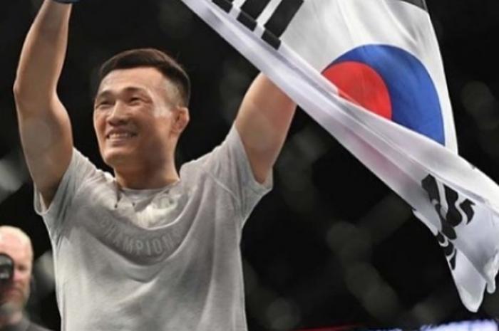 Petarung UFC asal Korea Selatan berjulukan Zombi Korea, Chan Sung Jung.