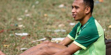 Irfan Jaya Buka Suara Kenapa Pilih Persebaya Ketimbang PSM Makassar