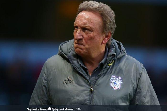 Pelatih Cardiff City, Neil Warnock, marah-marah setelah timnya kalah 1-2 dari Chelsea dalam laga pekan ke-32 Liga Inggris di Cardiff City Stadium, 31 Maret 2019.