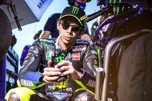 Pindah ke Petronas Yamaha, Valentino Rossi Bakal Super Sibuk di MotoGP 2021