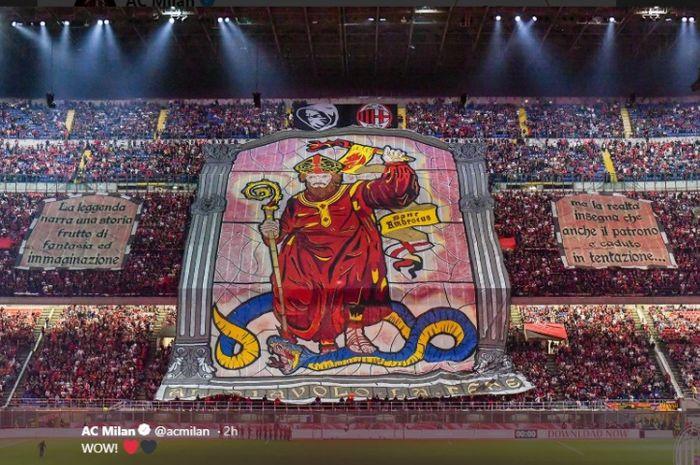 Koreografi fan AC Milan saat lawan Inter di Liga Italia, Minggu (22/9/2019) di Stadion San Siro