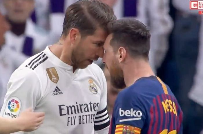 Kapten Real Madrid, Sergio Ramos, berdebat dengan kapten Barcelona, Lionel Messi.