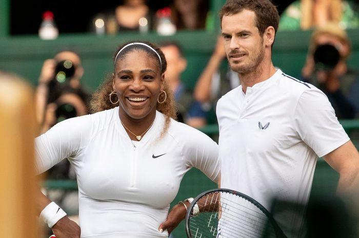 Serena Williams (kiri) dan Andy Murray (kanan) kala tampil sebagai pasangan ganda campuran pada ajang Wimbledon 2019