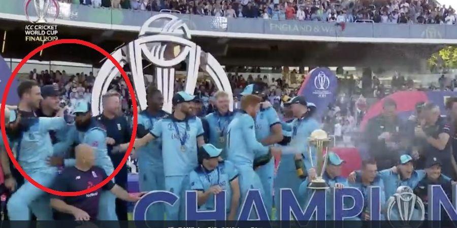 Pemain Muslim Tim Kriket Inggris Kabur saat Perayaan Memakai Alkohol