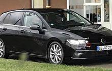 Foto Spy Shoot Volkswagen Golf Mk8 Bocor, Tampilan Berubah Drastis