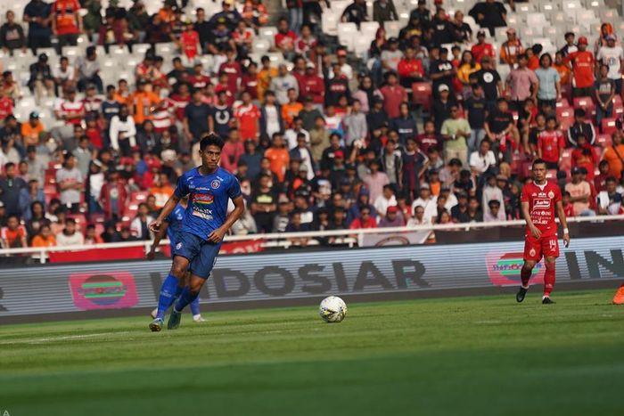 Gelandang Arema FC, Hanif Sjahbandi pada laga kontra Persija Jakarta, di Stadion Utama Gelora Bung Karno (SUGBK), Sabtu (3/8/2019).