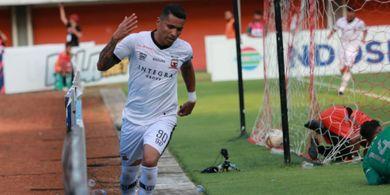 Alberto Goncalves Tak Masalah Gajinya Dibayar Cuma 25 Persen
