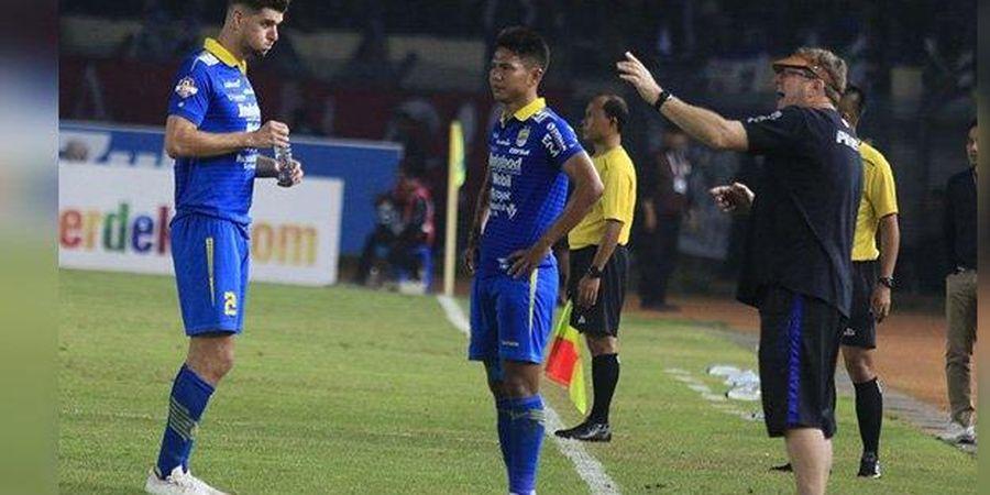 Begini Terkejutnya Bek Persib Nick Kuipers soal Bergairahnya Sepak Bola Indonesia