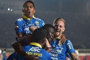 Persib Bandung Beri Satu Syarat jika Ezechiel Ndouassel Ingin Hengkang