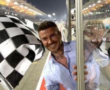 Momen Langka David Beckham saat Kibarkan Bendera Finis di F1 GP Bahrain 2019