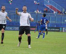 Link Live Streaming Arema FC Vs Persija Piala Gubernur Jatim 2020 - Angin Segar Macan Kemayoran!