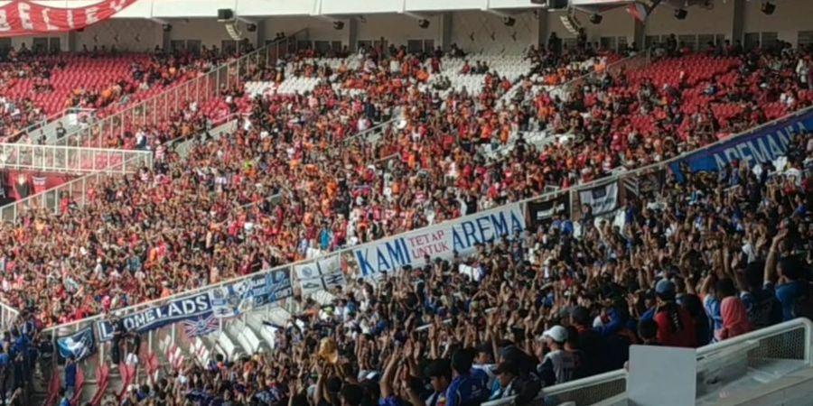 Dirigen Aremania Pingsan saat Laga Persija Vs Arema FC, Ini Sebabnya