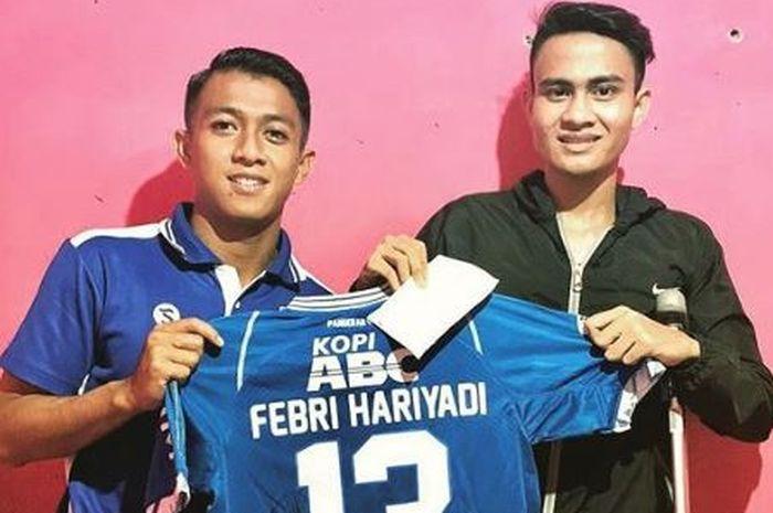 Febri Hariyadi mengunjungi mantan pemain diklat Persib Bandung, Aditya.