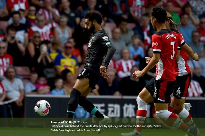 Aksi Mohamed Salah saat laga Southampton Vs Liverpool di St Mary Stadium, Sabtu (17/8/2019).