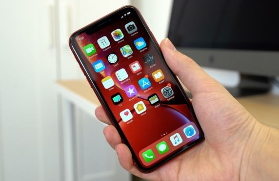 Apple Akan Berikan Teknologi Haptic Touch Terbaru untuk iPhone 2019
