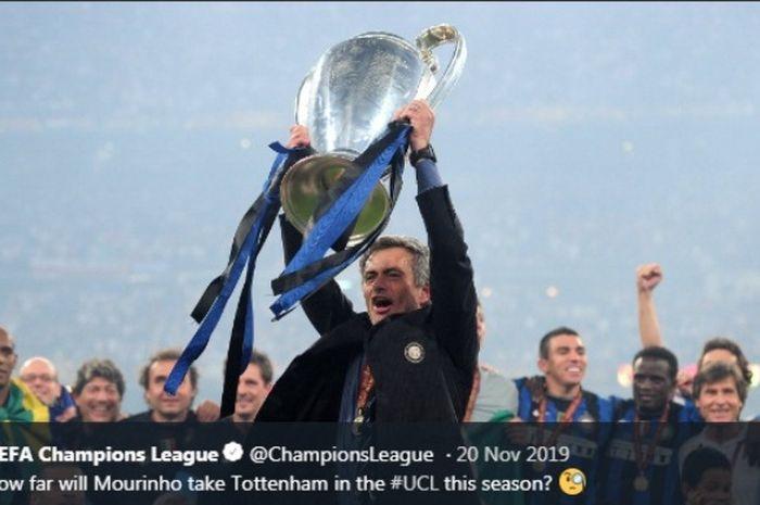 Jose Mourinho seusai mengantarkan Inter Milan  juara Liga Champions 2009-2010.