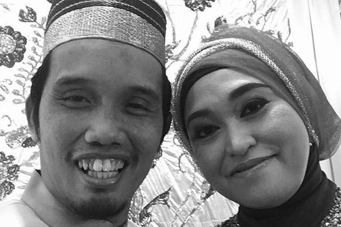 Ustaz Maulana dan mendiang istri, Hj Nur Aliyah Ibnu Hajar