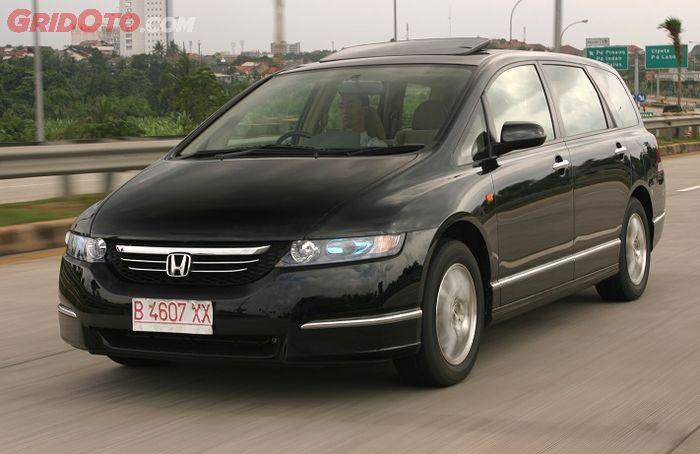 Honda Odyssey RB1 masih terlihat modern