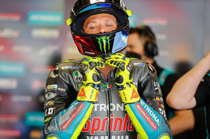 Valentino Rossi sedang terpuruk di 7 balapan awal MotoGP 2021, raja WSBK Jonathan Rea berikan saran begini