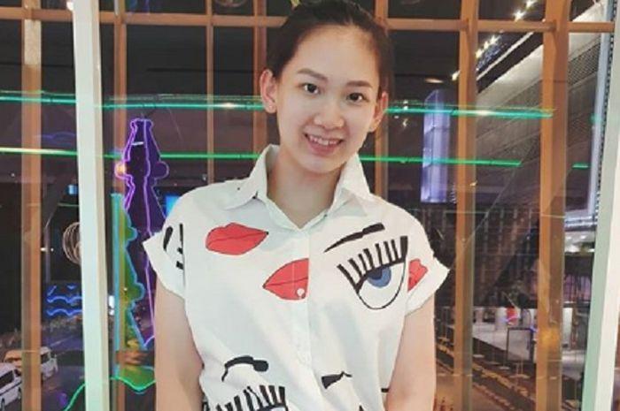 Pebulu tangkis putri Thailand, Pornpawee Chouchuwong mendapat wejangan dari BWF usai kalahkan Carolina Marin di Barcelona Spain Masters.