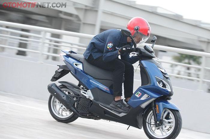 Peugeot SpeedFight 4 Europe Sport Scooter