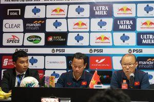 Park Hang-seo Diejek Pelatih Kiper Thailand, VFF Kirim Petisi ke AFC