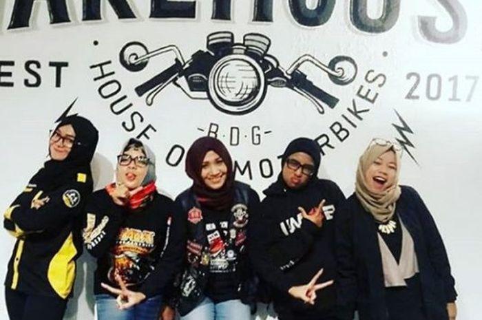 Salah satu komunitas ladies bikers Bandung.