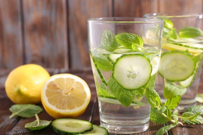 9 alasan mengonsumsi air mentimun