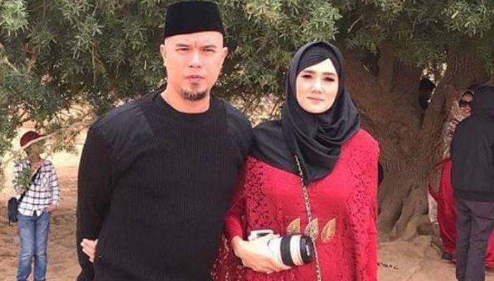 Mulan Jameela dan Ahmad Dhani