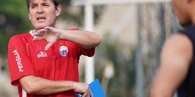 Dipecat Persija, Rasio Poin Julio Banuelos Sebenarnya Lebih Baik dari Pelatih Persib