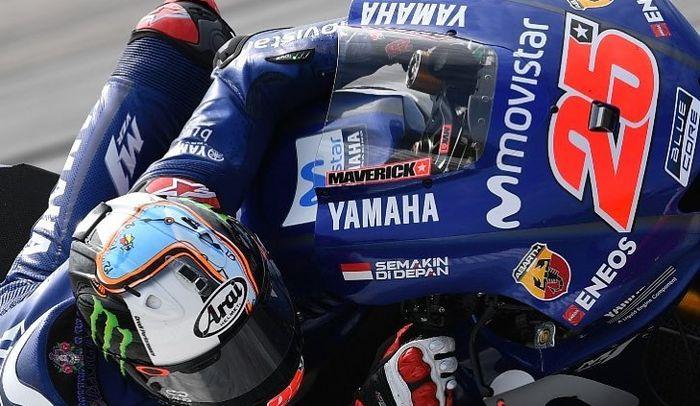 Semakin Di Depan slogan Yamaha Indonesia malah nongolnya di tebeng depan kanan motor YZR-M1 Maverick Vinales