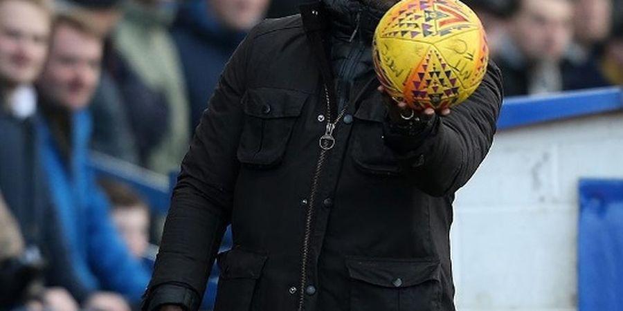 Gemas Lihat Bek Arsenal yang Terlalu Lawak, Sol Campbell Tawarkan Diri Jadi Asisten Pelatih