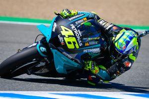 Valentino Rossi Bongkar Penyebab Banyaknya Pembalap yang Alami Cedera Arm Pump