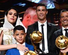 Kalimat Menyentuh Ronaldo untuk Putranya yang Injak Usia 10 Tahun