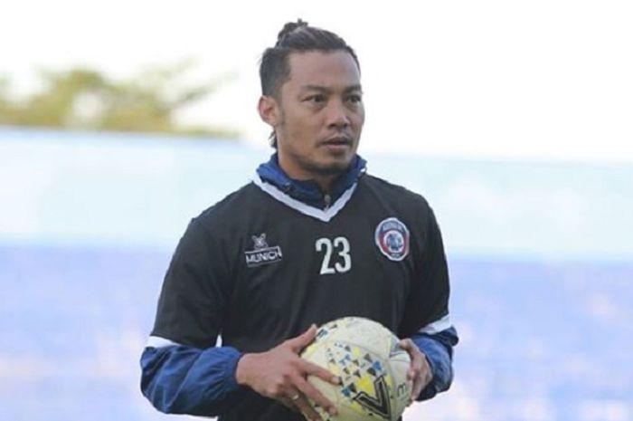Bek sekaligus kapten Arema FC, Hamka Hamzah yang terlibat insiden horor ketika timnya menjamu Tira Persikabo di pekan keenam Liga 1 2019.