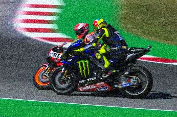 Insiden yang melibatkan Marc Marquez dan Valentino Rossi pada Q2 Kualifikasi MotoGP San Marino 2019, Sabtu (14/9/2019).