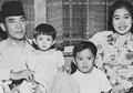 Potret Ibu Fatmawati, Tokoh yang Menjahit Bendera Merah Putih Indonesia