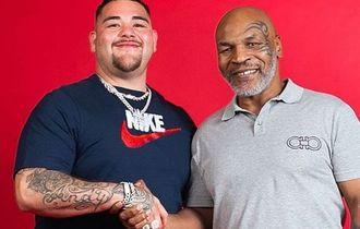 Mike Tyson Langsung Masuk Ranking WBC jika Comeback ke Ring Tinju Profesional