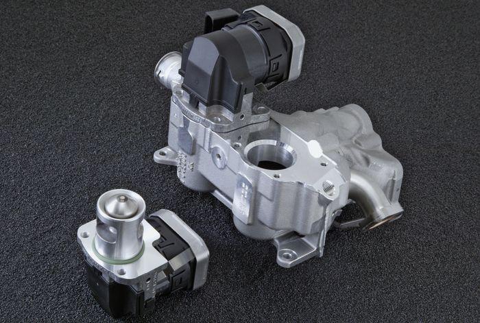 Exhaust Gas Recirculation (EGR) di mesin diesel Mercedes-Benz