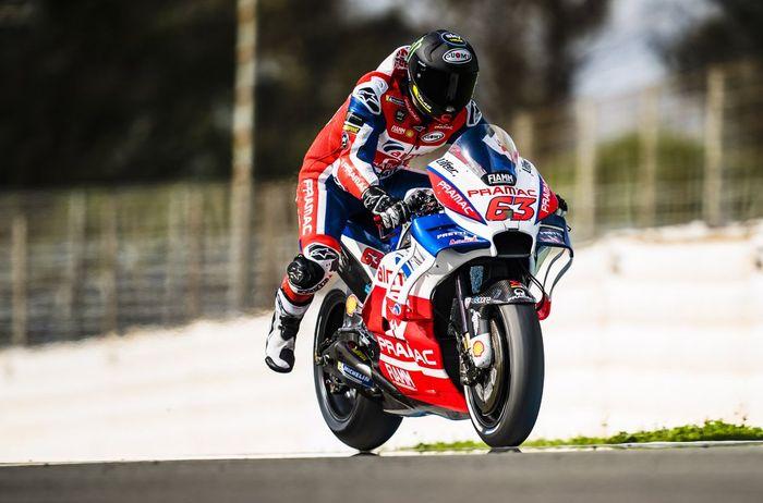 Francesco Bagnaia saat menjalani tes dengan motor Ducati di Jerez