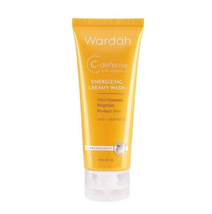 Wardah C Defense Energizing Creamy Wash.